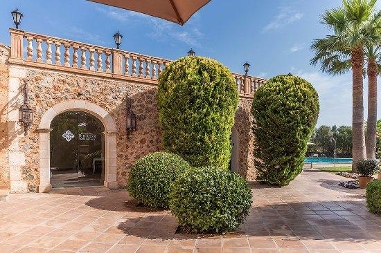 Reads Hotel Mallorca Santa Maria