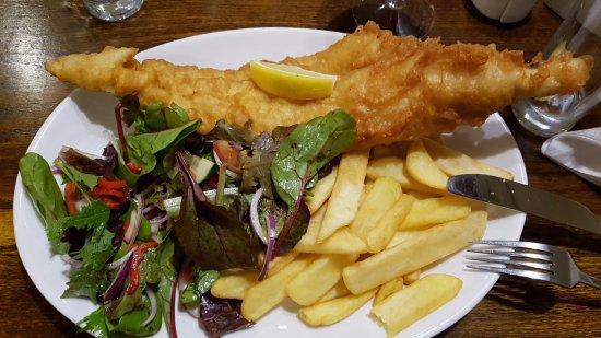 Birchanger, UK: Fisch & chips