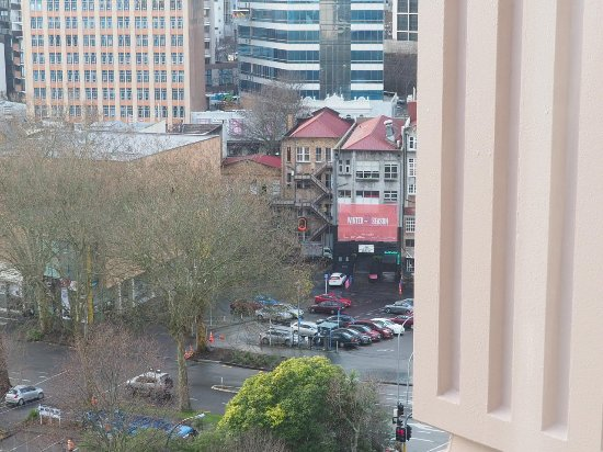Grand Millennium Auckland: Street view from the room
