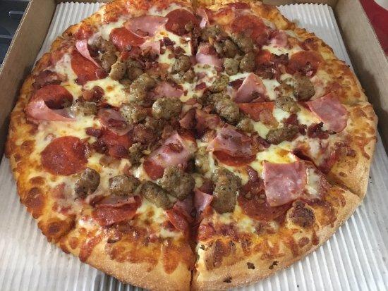 McKinney, تكساس: Meat Pizza