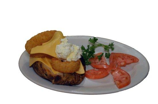 ริชมอนด์, อินเดียน่า: Fried Onion Ring and American Cheese Hot Potato
