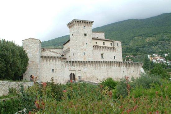 Museo Civico Rocca Flea: Vista dal giardino