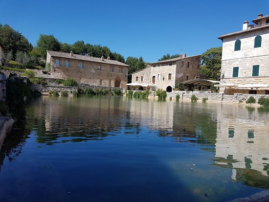 Bagno vignoni foto di bagno vignoni provincia di siena - Bagno di romagna provincia ...
