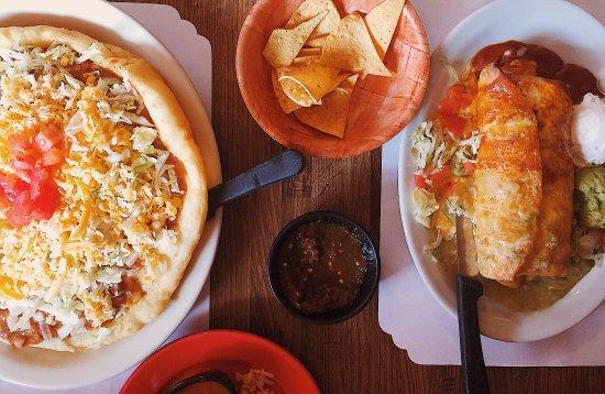 Kayenta, AZ: Lunch at Amigo's Cafe