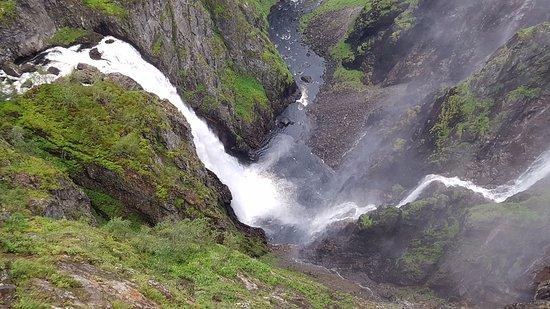 Eidfjord Municipality, Noruega: La vista delle cascate è spettacolare