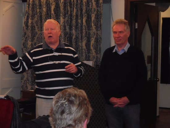 Heartland Hotel Cotswold: Presentation to our Tour Coach captain