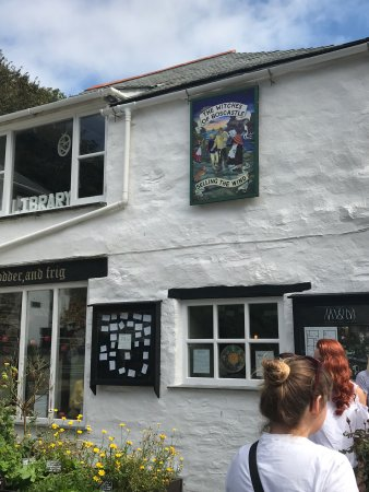 The Museum of Witchcraft and Magic: photo1.jpg
