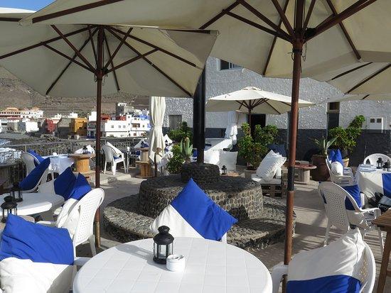Moya, สเปน: La terraza. El interior tambien tiene encanto.