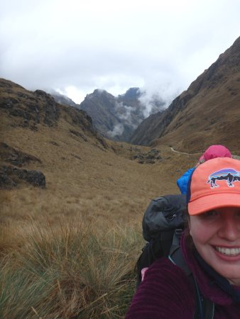 Alpaca Expeditions: Downhill after Dead Woman's Pass