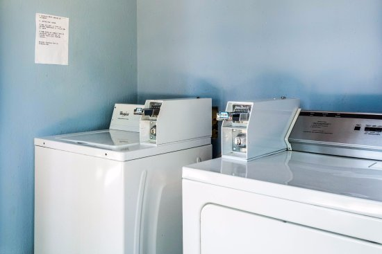 Quality Inn & Suites - Round Rock: Coin Laundry Facility