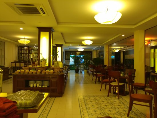 Dining room of hotel picture of hoi an silk boutique for Best boutique hotels hoi an