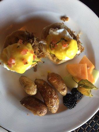 Fernie, Canada: Eggs Benny