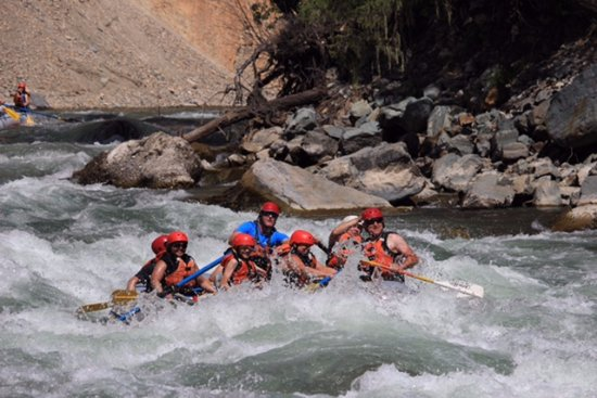 Fernie, Kanada: White Water Rafting with Canyon Raft Tours July 2017