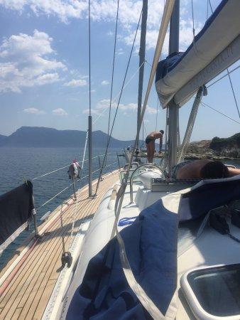 Magic Sails Charter Day Tours