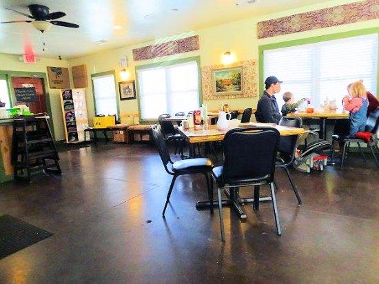 Cedar Mountain Cafe Hours