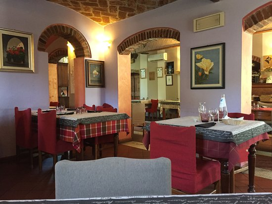 Gualtieri, Italy: Interno del locale 1