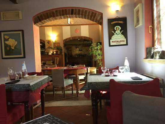 Gualtieri, Italy: Interno del locale 2