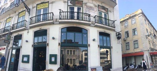 Photo0 Jpg Picture Of Hennessy S Irish Pub Lisbon Tripadvisor