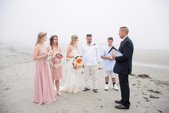 Our charming wedding ceremony at Seaside Inn.