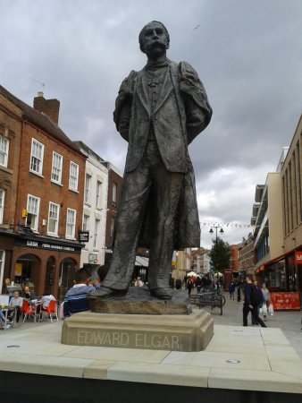 Worcester, UK: Statue of the great Composer