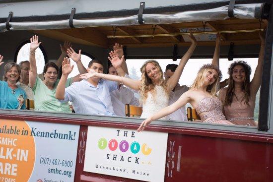คีนเนบังก์พอร์ต, เมน: Our trolley transportation to our wedding reception