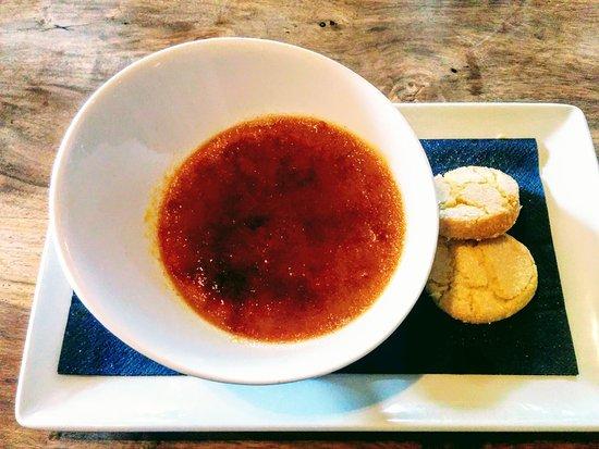 Horsted Keynes, UK: Salted caramel creme brule