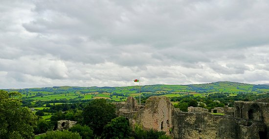 Denbigh, UK: Castle View One