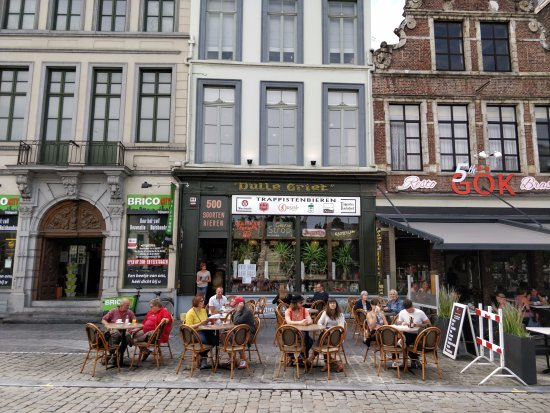 Dulle Griet: Terrace on the square