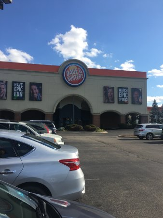 bar burgers and wings picture of dave buster s springdale rh tripadvisor com