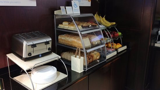 Cordele, GA: Pastry and Fruit Selections