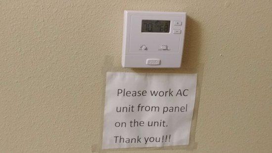 Cordele, GA: Broken Thermostat