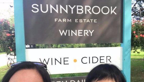 Sunnybrook Winery: Loved the Friendly and Homey Environment