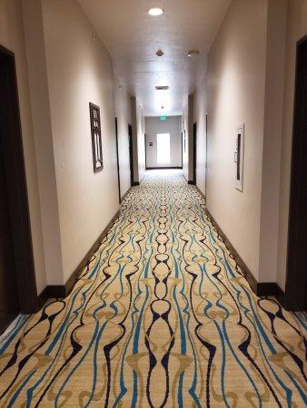 Portola, CA: hallway upstairs