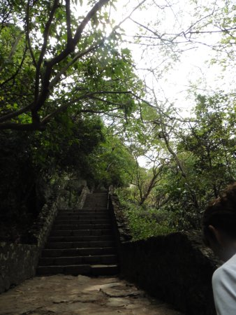 Dambulla, Sri Lanka: 1/2 way up.