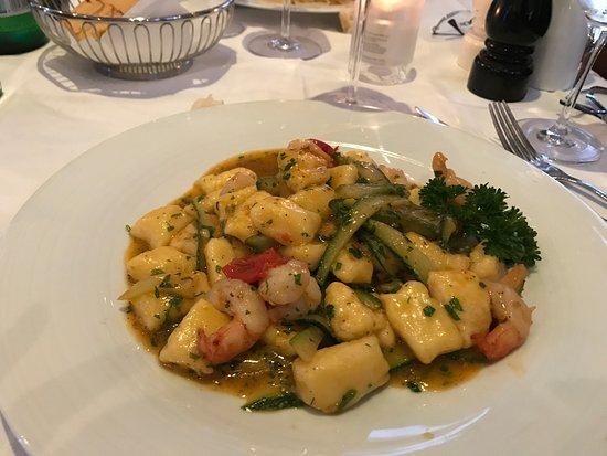 Ruffino Ristorante Italiano: Nel cuore di Oslo abbiamo trovato un ottimo ristorante Italiano, elegante e ricercato con prodot