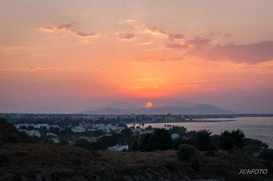 Kipriotis Panorama Hotel & Suites Photo