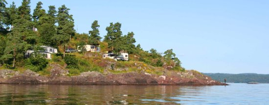 Horten, Norge: The campsite offers overnight lodging and camping facilities in beautiful surroundings