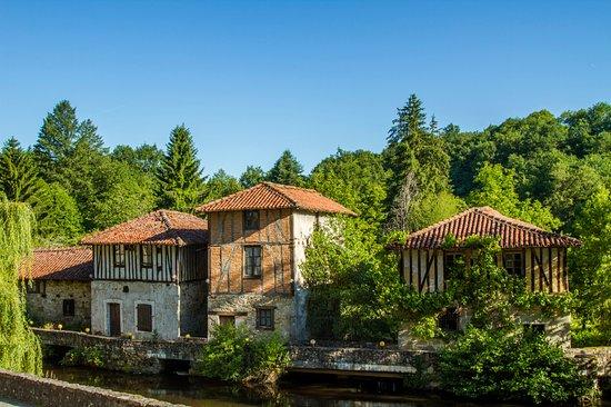 Saint-Leonard-de-Noblat, Prancis: Les Moulins de Noblat