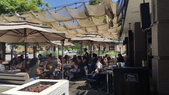 Bardot Restaurant: Patio