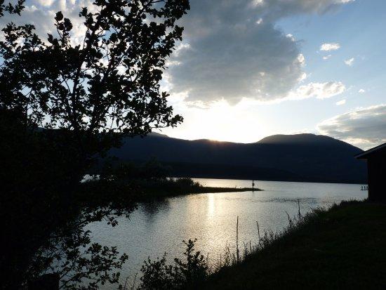 Salmon Arm, Canada: getting dark