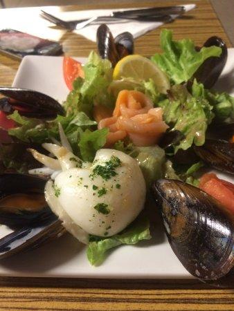 Fos-Sur-Mer, Γαλλία: Salade de la mer,