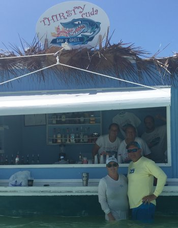 Great Abaco: Amazing floating restaurant & bar Tahiti Beach, Hope Town Abacos. A new,must do and see destinat
