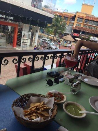 La Parrilla Mexican Grill : photo2.jpg
