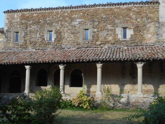 San Leo, Italie : Il chiostro