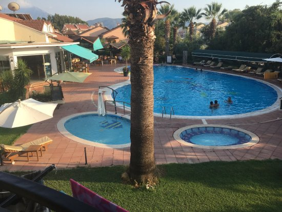 Rebin Beach Hotel: photo0.jpg