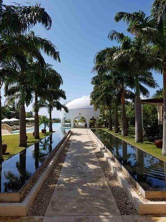 Swahili Beach Resort: image-0-02-05-78c1e6af939813a1b5f68f709574e53b596f33af8d90377b68d5b12f190311ad-V_large.jpg