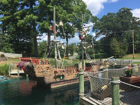 Pirates Cove Adventure Golf: photo6.jpg