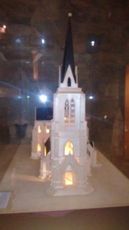 Catedral de San Carlos de Bariloche: Maquete da Catedral em seu interior