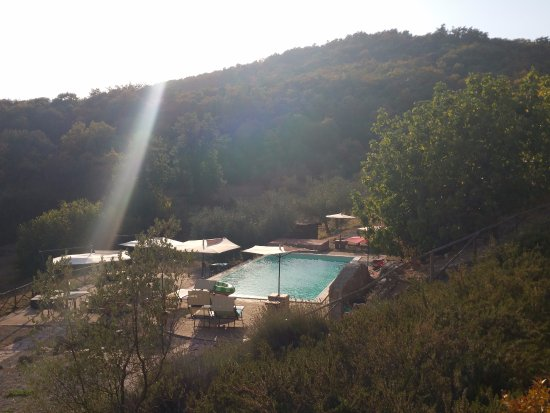 Tavernelle di Panicale, Italy: Fontanelle Pool area