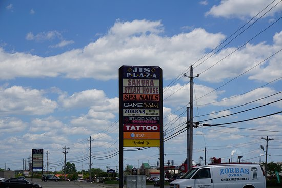 Lawrenceburg, IN: Sign and Van